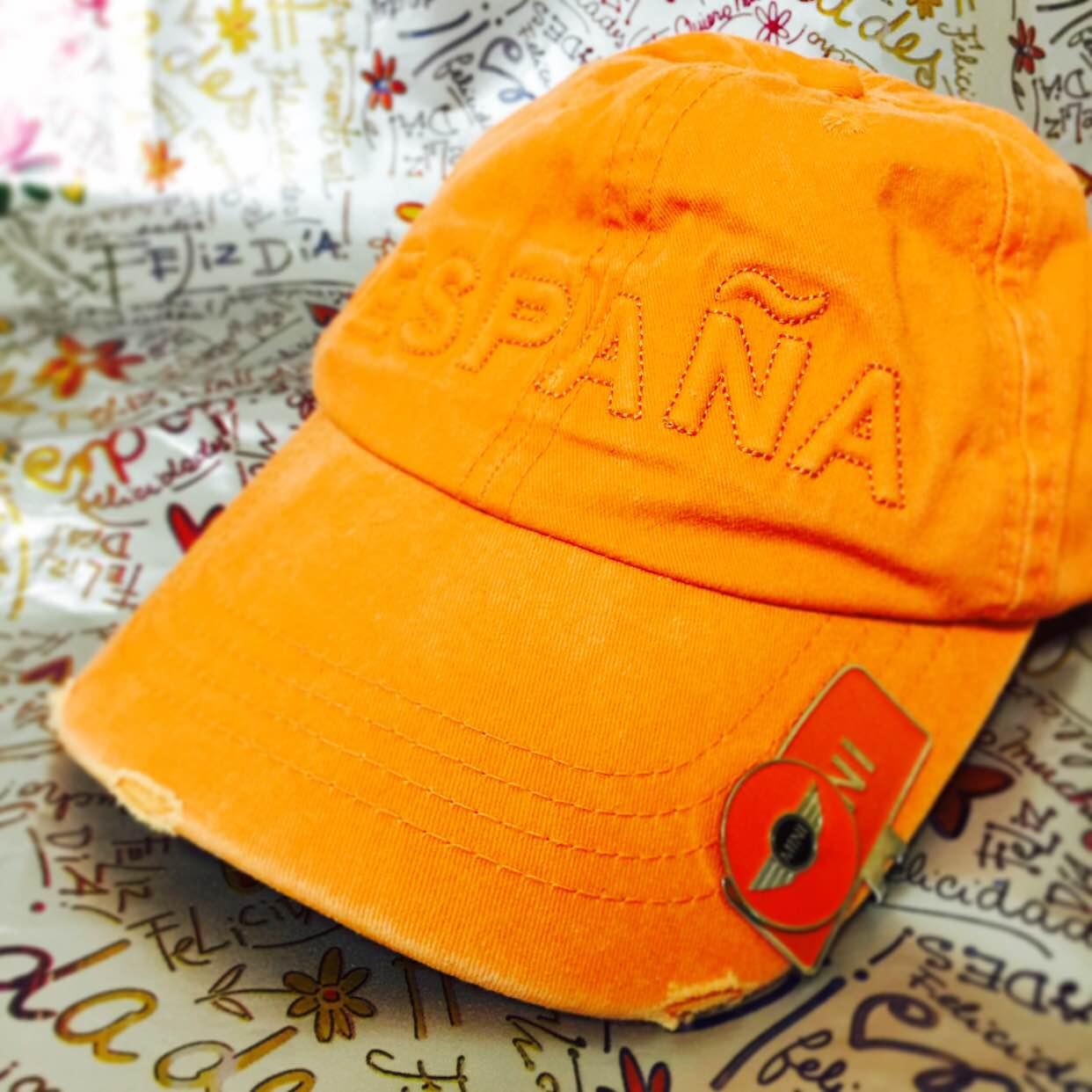 なかなか人と被らないオレンジ帽!