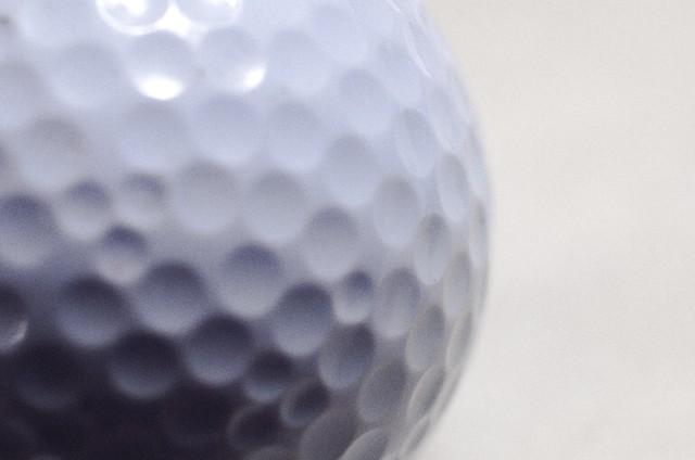 コスパ最強!3000円以内で買える人気のゴルフボール4選