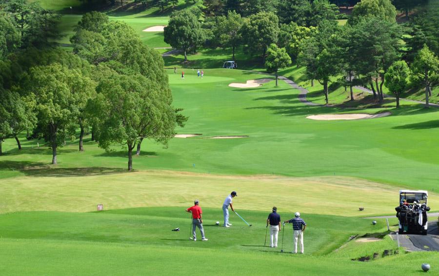 ゴルフ用語「オナー」の意味と決め方